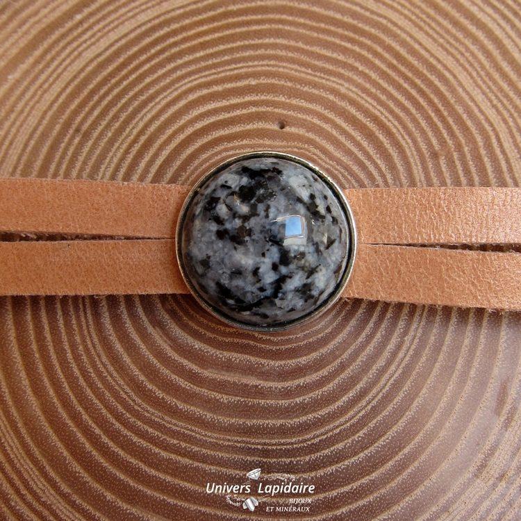 bracelet granodiorite