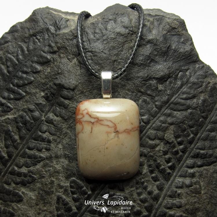 collier marbre