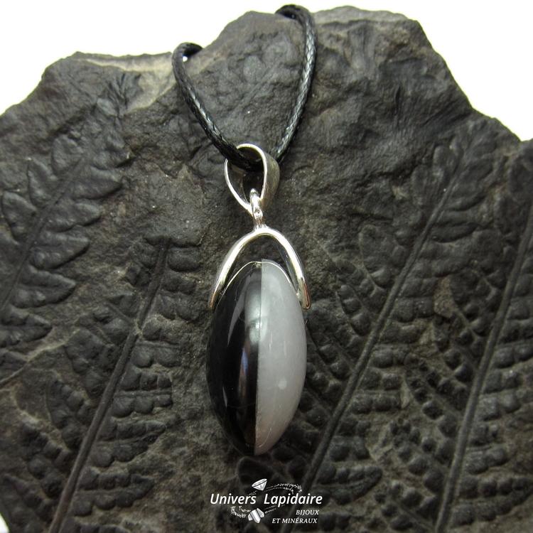 collier quartz blanc et agate noire